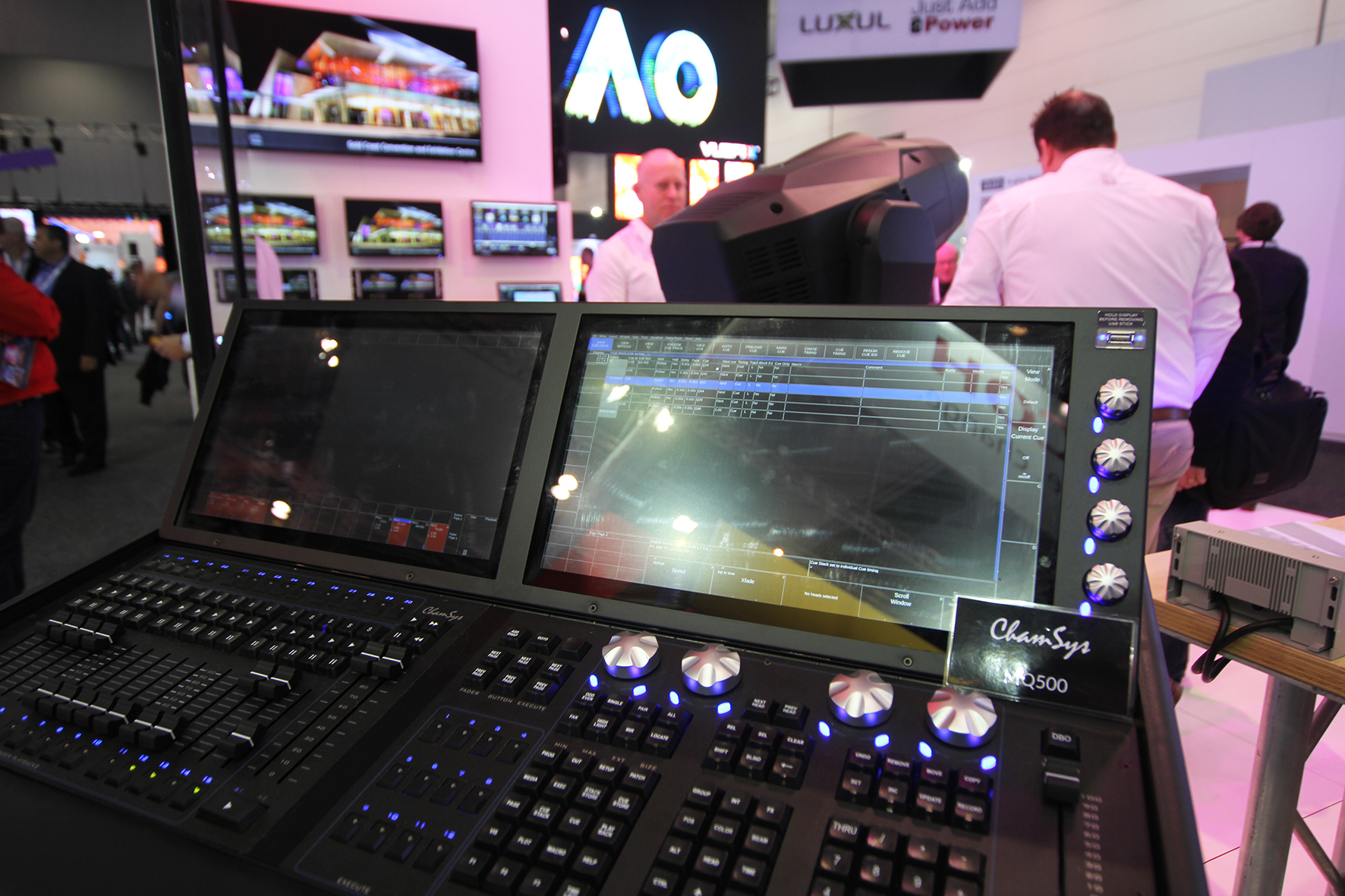 LED Control Desk Chamsys MQ500