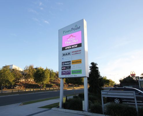 Pines Point Outdoor LED Billboard Roadside Digital Advertising